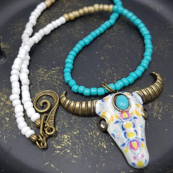 Southwestern Boho Metallic Faux Turquoise Bead Necklace